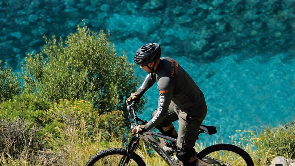 cala-falco-escursioni-mountain-bike-960