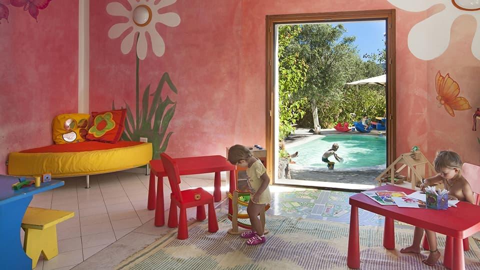 hotel-cala-falco-bimbi-miniclub-960