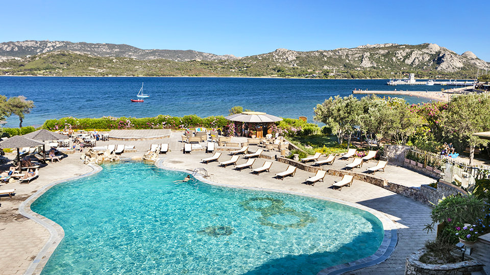 Pacchetto Week end di Pasqua in Sardegna - Resort Cala di Falco