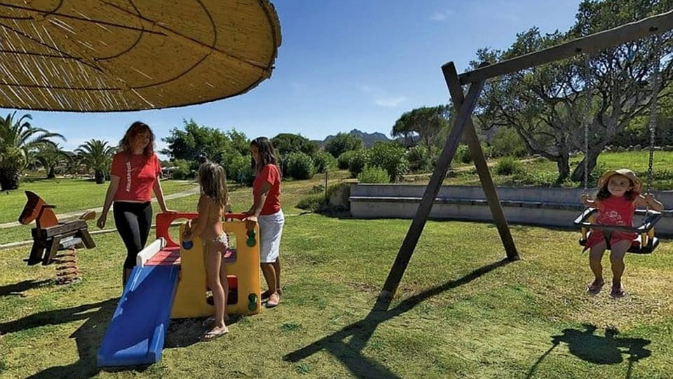 Resort Cala di Falco, area giochi all'aperto